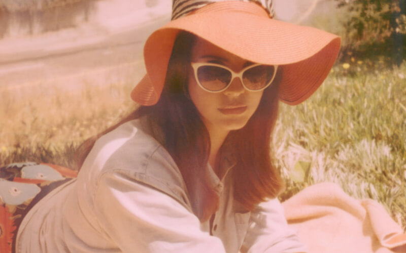 Lana Del Rey - Honeymoon - Neil Krug (3) crop